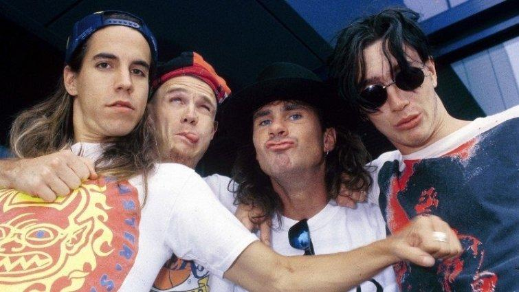 Red Hot Chili Peppers, 1989 год